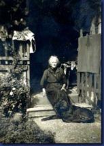 09-clotilde ,mémé et son chien 001